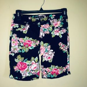 🔹Girls/Kids Bermuda Shorts